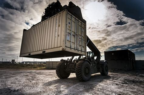 Container Tare ? The Weight of the Matter   M.E. Dey & Co.