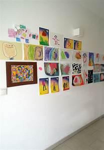 Bilder An Der Wand : bilder an der wand anbringen ohne l cher zu bohren so geht 39 s ~ Lizthompson.info Haus und Dekorationen