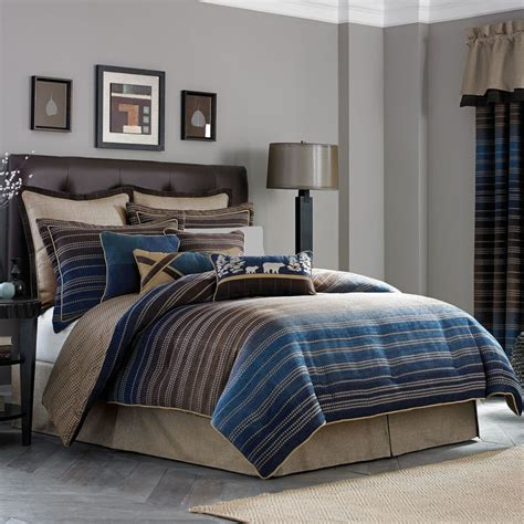 Contemporary Man Bedroom With Masculine Queen Bedding And