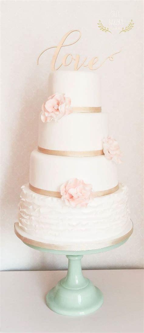perfectly divine wedding cakes romantic wedding cakes
