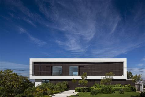 An Open Plan House With Splendid Views by An Open Plan House With Splendid Views