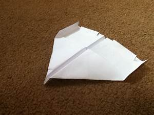 The Ultimate Paper Airplane Guide    10 Steps
