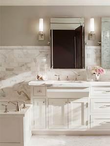 Calacatta Borghini - Traditional - bathroom - Benjamin