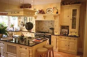comment decorer sa cuisine les decoration de maison With commentaire decorer sa cuisine