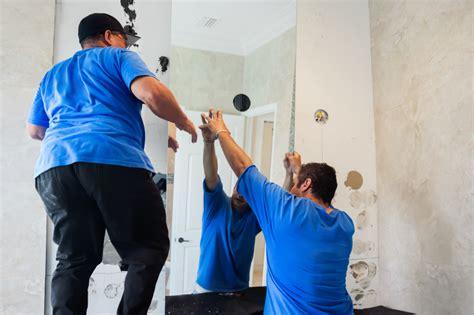spiegel an raufasertapete kleben spiegel kleben 187 anleitung in 6 schritten