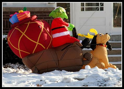 Grinch Outdoor Decorations Canada by 100 Grinch Outdoor Decorations Canada 100