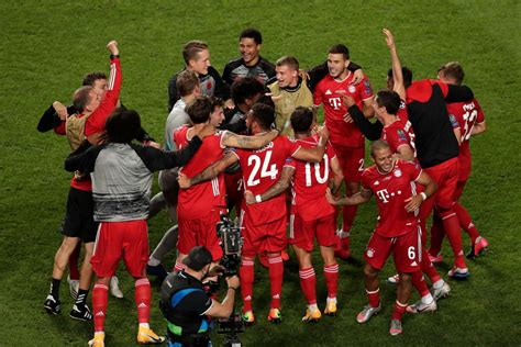 Kalahkan PSG, Bayern Muenchen Rebut Trofi Liga Champions ...