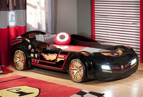 deco chambre voiture chambre enfant voiture solutions pour la décoration