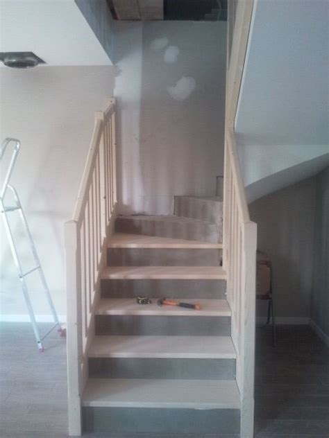 escalier repeint en gris escalier notre maison du bonheur