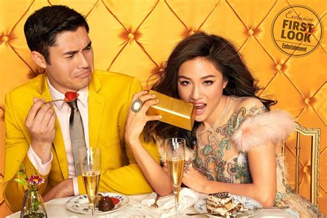 crazy rich asians pockets  mn   day opening weekend