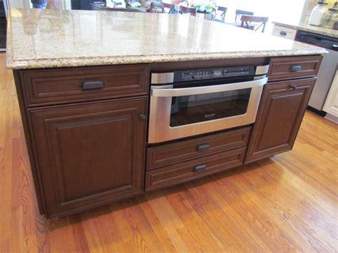 shenandoah kitchen cabinets shenandoah mckinley maple hazelnut hironimus 2189