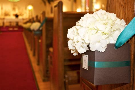 wedding details simple ceremony decor craft  couture