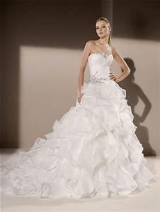 ball gown sweetheart neckline organza ruffle crystal With robe organza