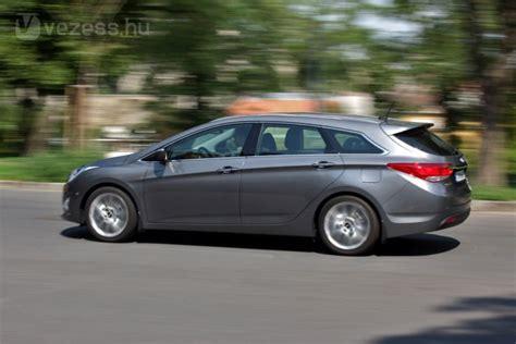 Dauertest Hyundai I40cw 1 7 Crdi Suzuki 1 2 2012 Zwischenstand by Teszt Hyundai I40cw 1 7 Crdi Premium