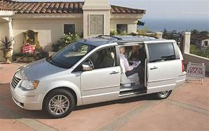 2008 Chrysler Town Country Fuse Box Inside : 2008 chrysler town country dodge grand caravan recalled ~ A.2002-acura-tl-radio.info Haus und Dekorationen