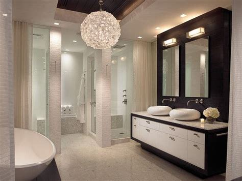 Chandeliers For Bathroom by Best 25 Bathroom Chandelier Ideas On Master