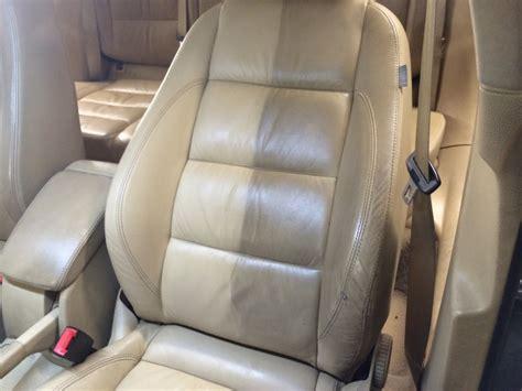 nettoyer canapé cuir beige nettoyer fauteuil cuir beige 28 images 1000 ideas