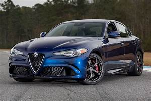 Alfa Romeo Giula : 2017 alfa romeo giulia quadrifoglio review photo gallery news ~ Medecine-chirurgie-esthetiques.com Avis de Voitures