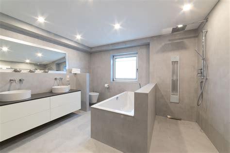Badezimmer Modern Beton by Beton Cir 233 B 228 Der Fugenloses Design Raumkonzept Trier