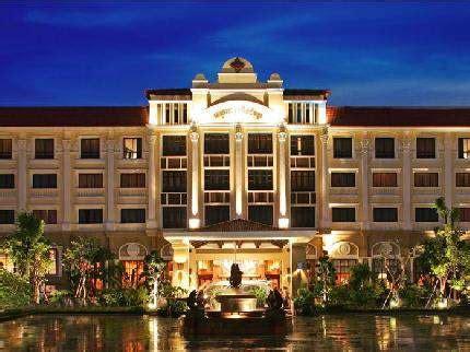 Vietnam Og Kambodsja Med Gunnar Høidahl. Millennium Hotel Amman. Hotel Annelies. Cour Des Loges Hotel. Clarion Hotel Chateau Belmont. Apartments @ Kew Q105. Drift. Luxury Rooms Keko Hotel. Cuillin Hills Hotel