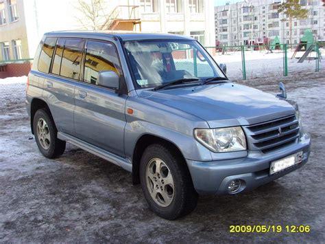 mitsubishi pajero io 2002 mitsubishi pajero io pictures 2000cc gasoline