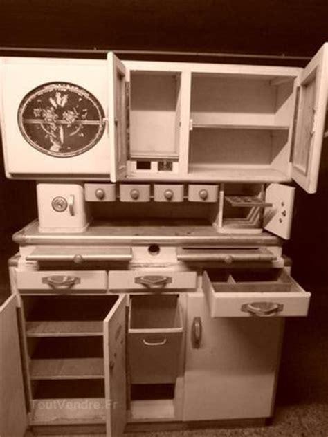 fa軋de de cuisine les 25 meilleures idées de la catégorie cuisine des ées 1940 sur décoration pour la maison des ées 1940 déco de