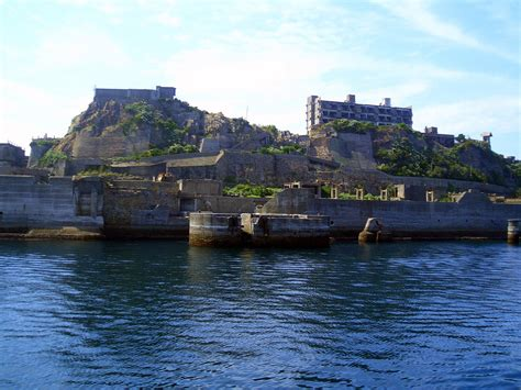 island city mitsubishi abandoned hashima city island inspiration for bond