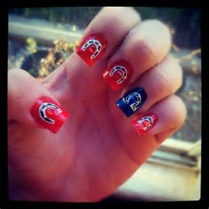 Horseshoe art designs nail