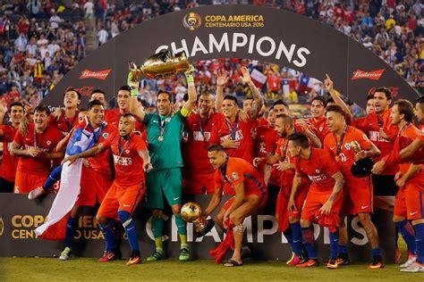 Últimas noticias, fotos, y videos de selección chilena las encuentras en perú21. FOTOS ¡Grande campeones!: Así celebro La Roja su triunfo ...