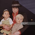Singer/Songwriter Michael Jackson with children Paris ...