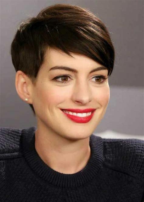 frisuren für kurze haare frauen hathaway kurze haare und rote lippenstift undercut frisuren frauen kurze haare moderne