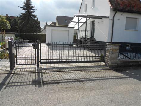 Das Tor Alles Ueber Die Oeffnung Im Zaun by Tore Tor 234