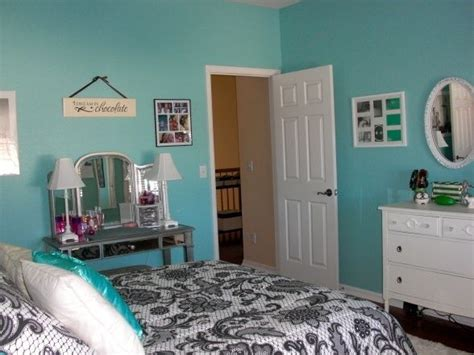 sherwin williams raindrop paint color aquamarine