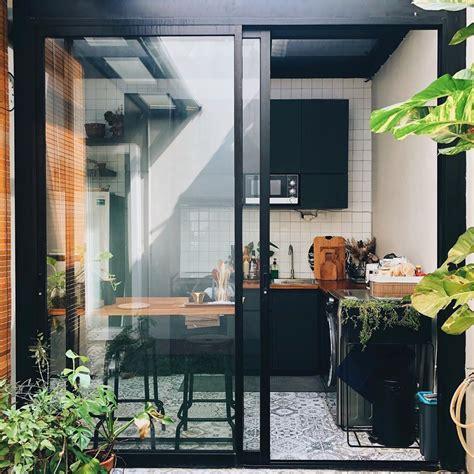 interior dapur minimalis semi terbuka  desain