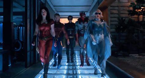TITANS season 2 trailer arrives online (UPDATED) - Get ...