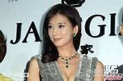 林志玲结婚传闻后亮相 着深V装秀性感[高清大图]_娱乐频道_凤凰网