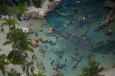 Stunning Aerial Photos Of Florida's Famous Amusement Parks ...