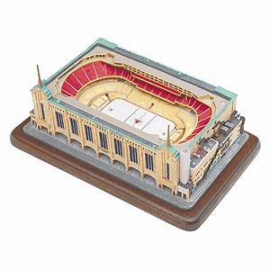 Boston Bruins - Boston Garden The Danbury Mint