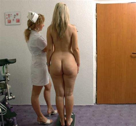 Asses Female Standing Wide Hips Waist Ratio Behind Center