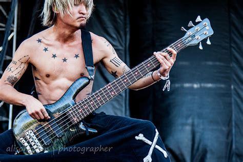 ALISON TOON | PHOTOGRAPHER | Ryota, bass, One OK Rock