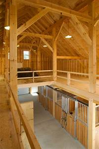 Houses and Barns | Cumberland horse barn