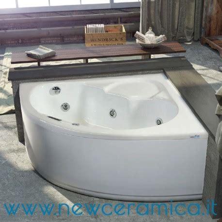Vasca Angolare 130x130 vasca idromassaggio angolare vittoria 130x130 relax design