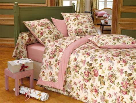 linge de chambre linge de lit mise en fleurs linvosges