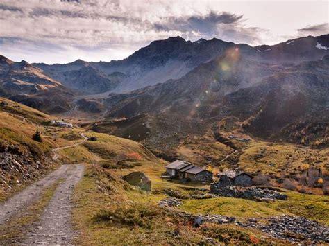 fond ecran chalet montagne fond d 233 cran gratuit montagne hameau 224 sainte foy tarentaise dans les alpes geo fr