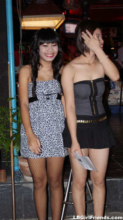 Wild Candids Photos Of Amateur Shemale Girlfriends Tgirl