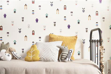 castorama papier peint chambre castorama lance le 1er papier peint interactif destiné aux