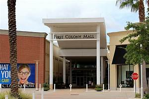First Colony Mall Entrance Photos - Sugar Land, TX