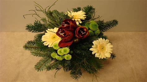 blumenstrauss binden floristik im winter deko ideen mit