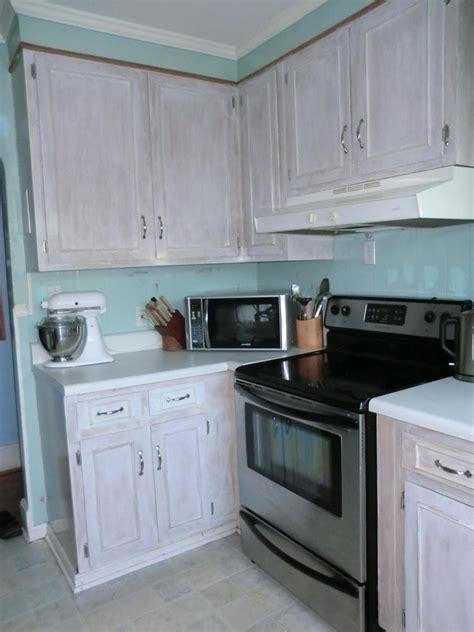 whitewash kitchen cabinets