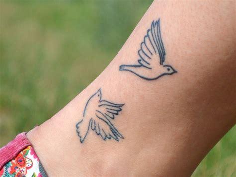 Dove Tattoos beautiful dove tattoo designs  meanings 919 x 692 · jpeg